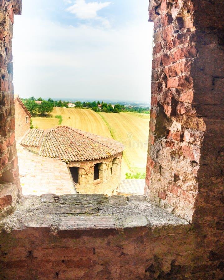 Dozza, Italien am 21. Juli 2018: eine Ansicht über die Hügel stockbilder