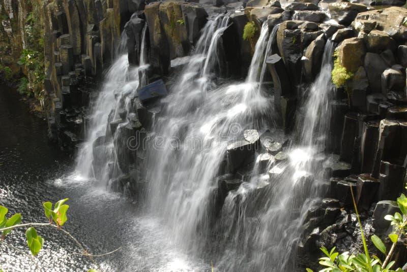 dröm- vattenfall arkivbild