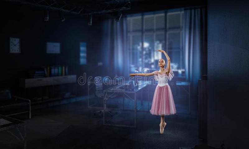 Drömma som blir ballerina Blandat massmedia royaltyfri fotografi