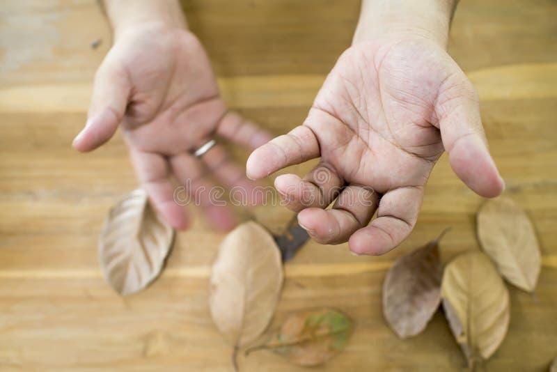Drżenie od Parkinson ` s choroby zdjęcie stock