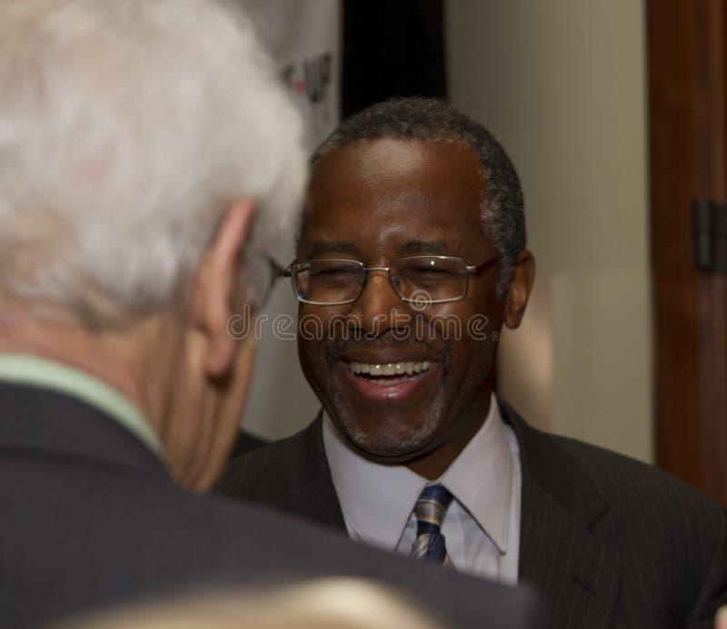 Dr. Ben E Carson que corre possivelmente para U Presidente de S fotos de stock