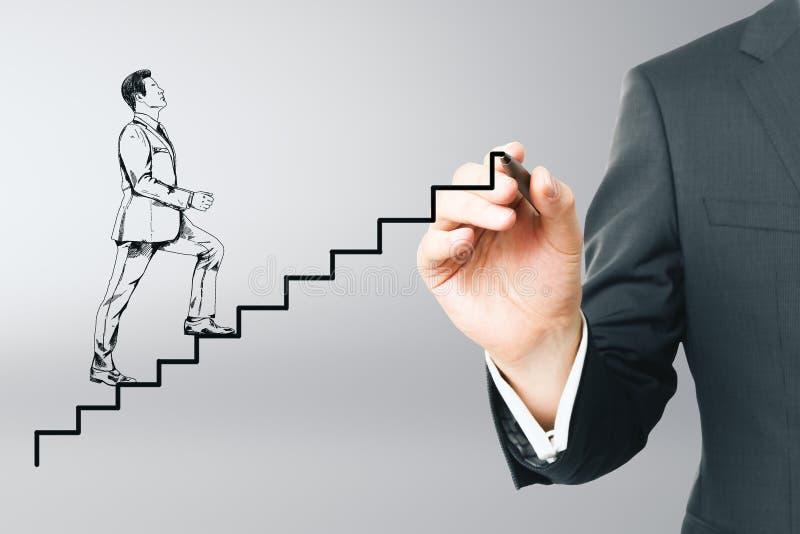 Dra affärsmannen som upp kör den abstrakta stegen arkivbild