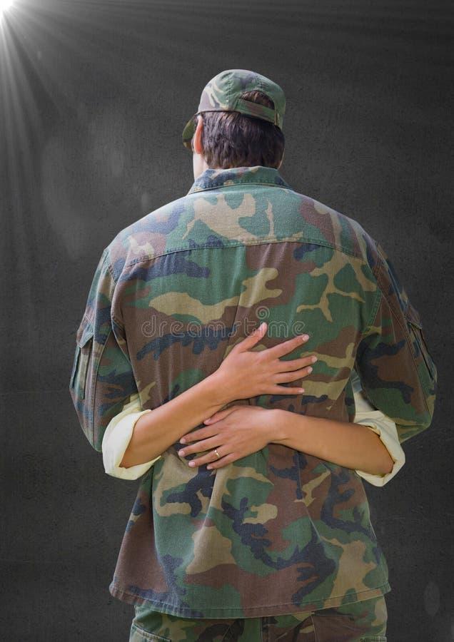 Dra tillbaka av soldaten som kramar mot den gråa väggen med signalljuset vektor illustrationer