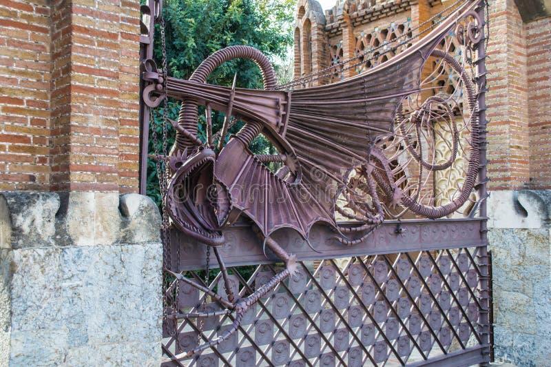 Draak in de tuin van Hesperides, Barcelona royalty-vrije stock afbeelding