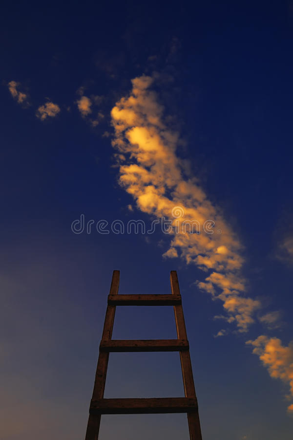 Drabina kierująca niebo zdjęcia stock