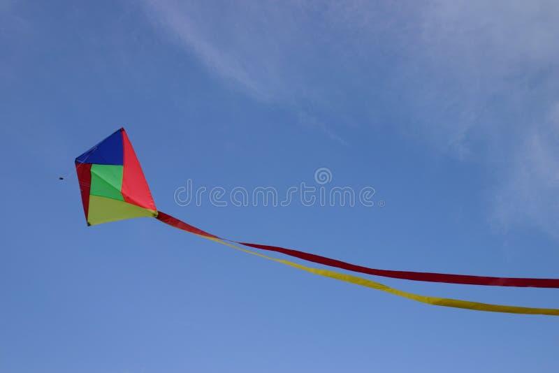 Download Drachen I stockfoto. Bild von wind, blau, gefärbt, flugwesen - 30730