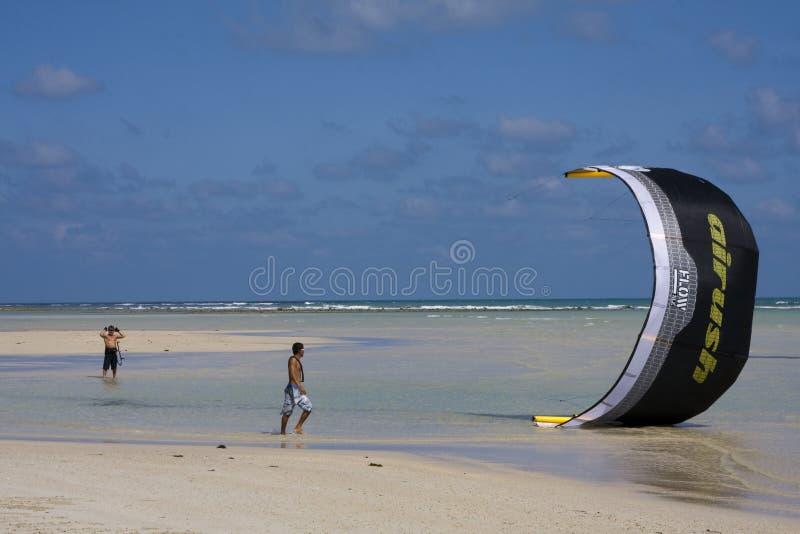 Drachen-Surfer In Thailand Redaktionelles Bild