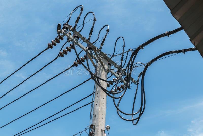 Draden met hoog voltage royalty-vrije stock foto