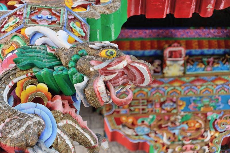 Dragón colorido en templo foto de archivo libre de regalías