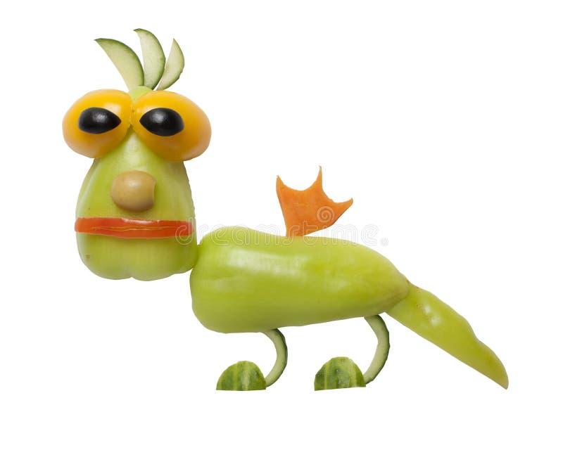 Dragón divertido hecho de verduras foto de archivo libre de regalías