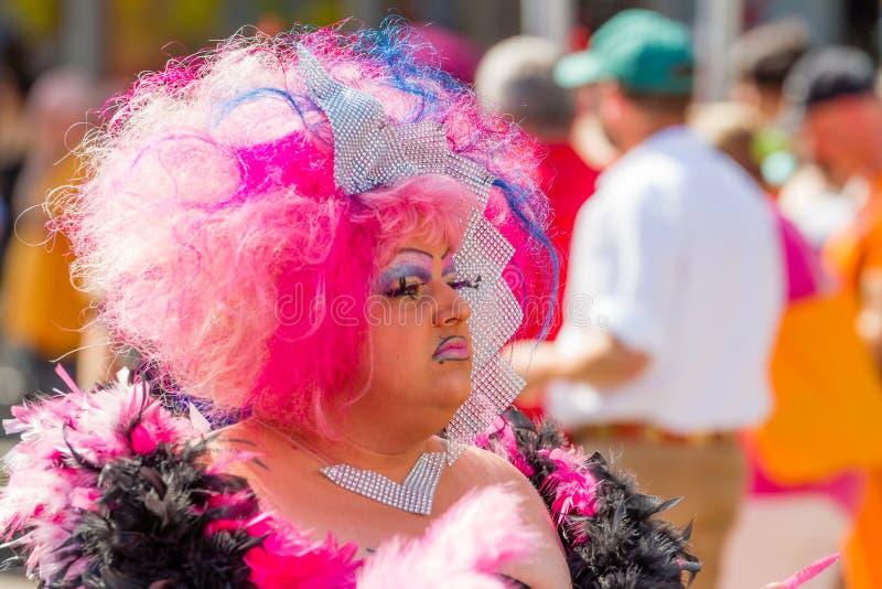 Drag queen rosa a Christopher Street Day fotografia stock libera da diritti