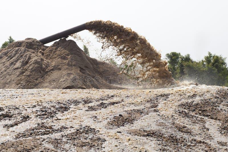 dragagem de sução da areia fotografia de stock