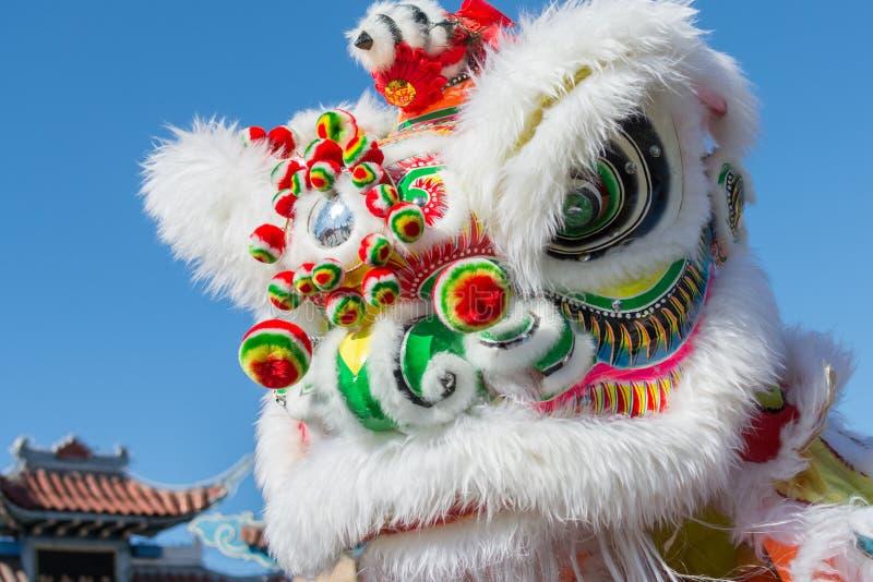 Drago cinese durante il Dragon Parede dorato. fotografia stock