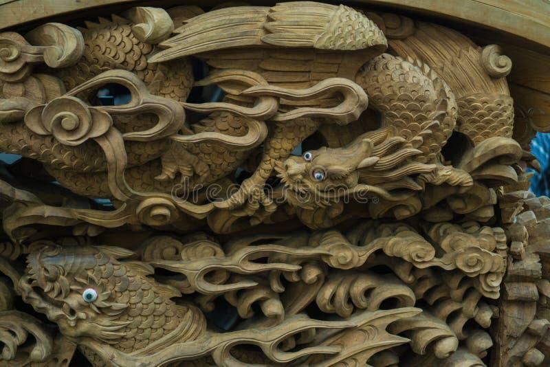 Drago di scultura di legno II immagini stock
