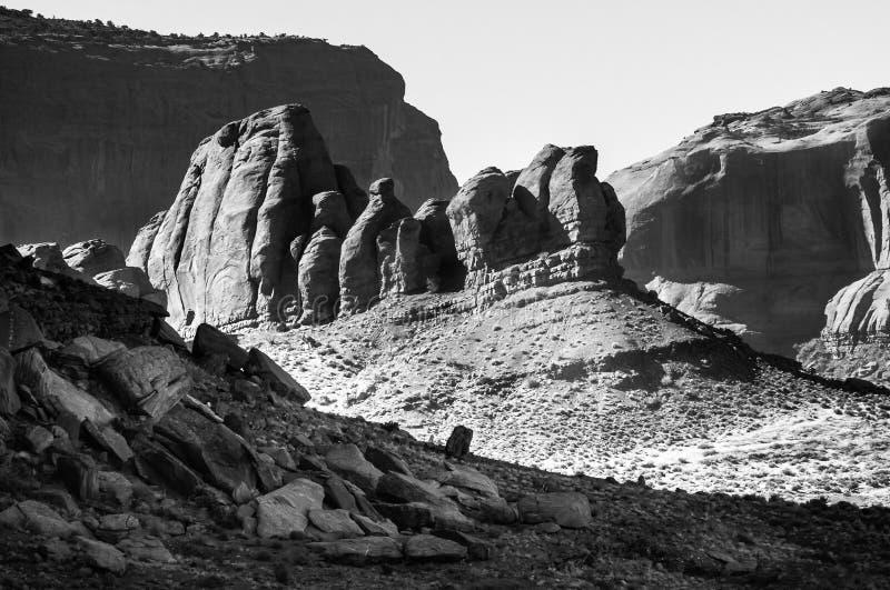 Drago di sonno in valle BW di Monumet fotografia stock