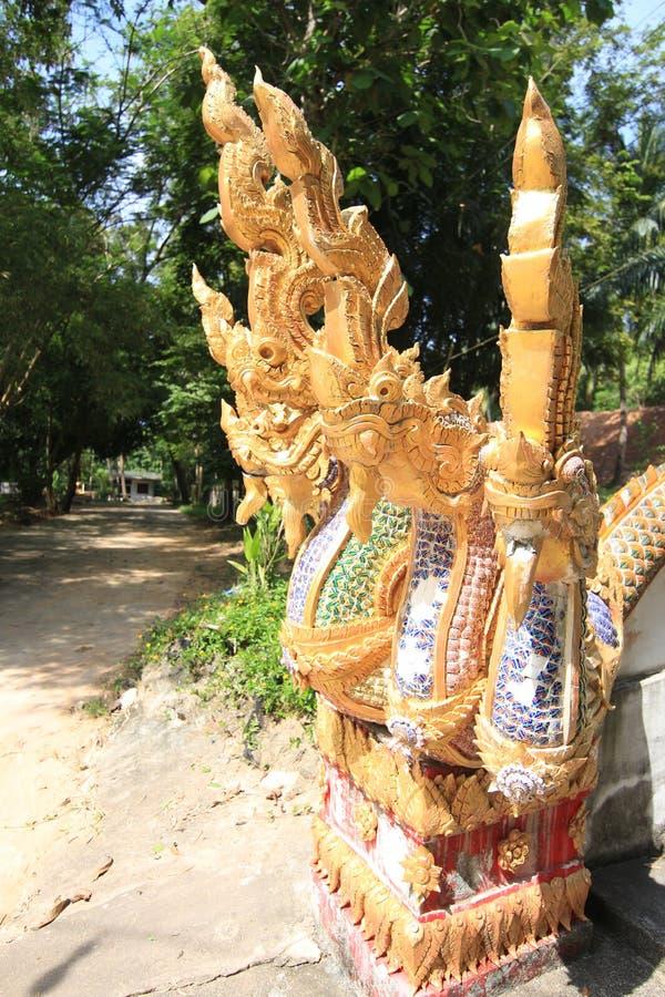 Drago in tempio Tailandia Buddha fotografia stock libera da diritti