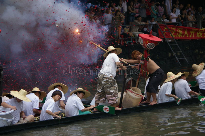 Download Dragon boat in Guangzhou editorial stock image. Image of rowboat - 5423204