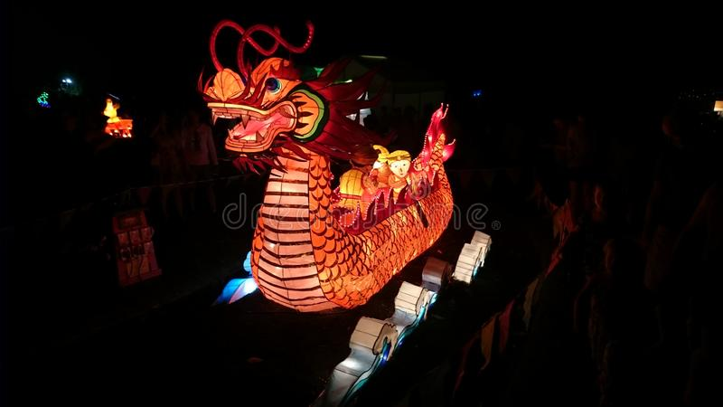 Dragon Boat Handmade Chinese Lantern foto de archivo