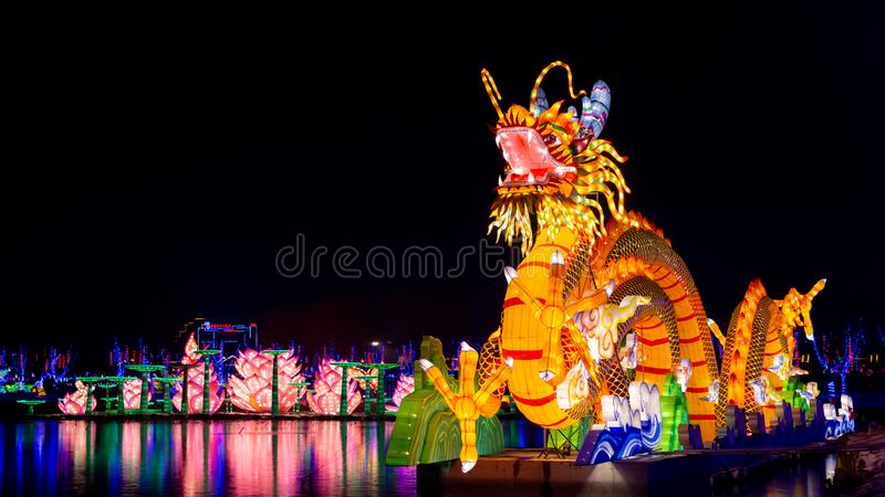 Dragon chinois de totem photographie stock