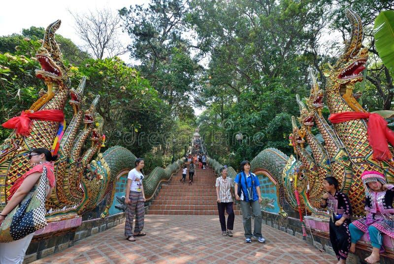 Dragon Entrance de Wat Phra That Doi Suthep, Chiang Mai imagen de archivo