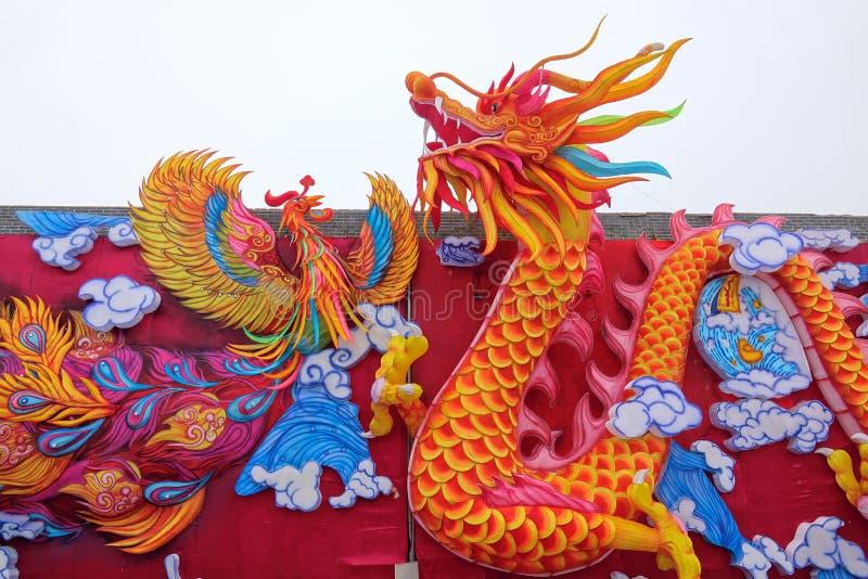 Dragon et lanterne de Phoenix image libre de droits