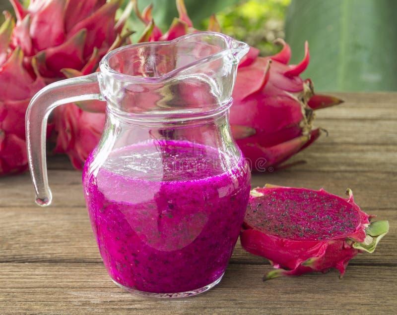 Dragon Fruit vermelho fotografia de stock royalty free