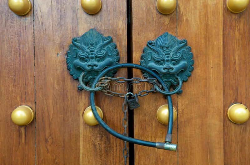 Download Dragon Gate Door Handle stock image. Image of gold, chinese - 11226863