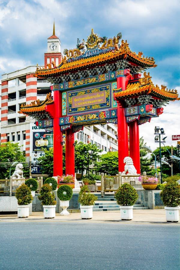 Dragon Gate van Chinatown, Bangkok Thailand royalty-vrije stock afbeeldingen