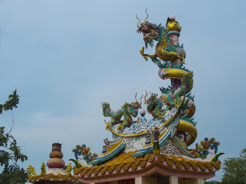 Dragon Sculpture Temple in China stock foto