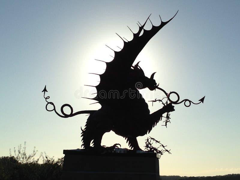 Dragon Silhouette lizenzfreie stockfotos