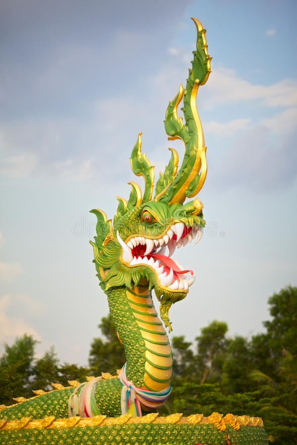 Download Dragon Statue Royalty Free Stock Photography - Image: 23795907