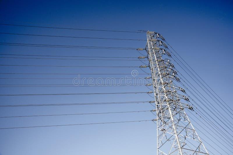 Draht-elektrischer Telekommunikationsbeitrag stockfotos