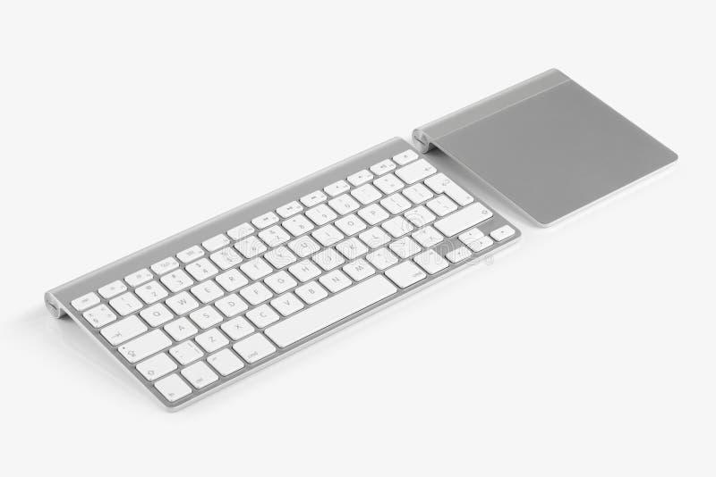 Drahtlose Computertastatur und trackpad lokalisiert auf weißem backgr lizenzfreie stockbilder