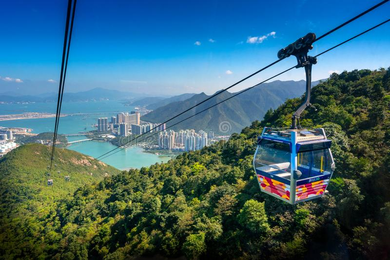 Drahtseilbahn Ngong-Klingelns 360 auf Lantau-Insel, Hong Kong stockfotos