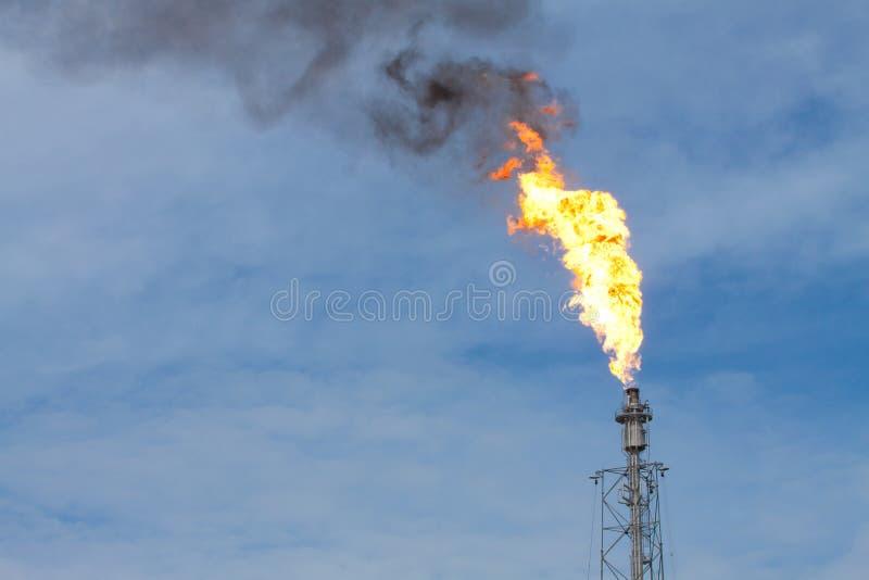 Smokestack draining gas into the air