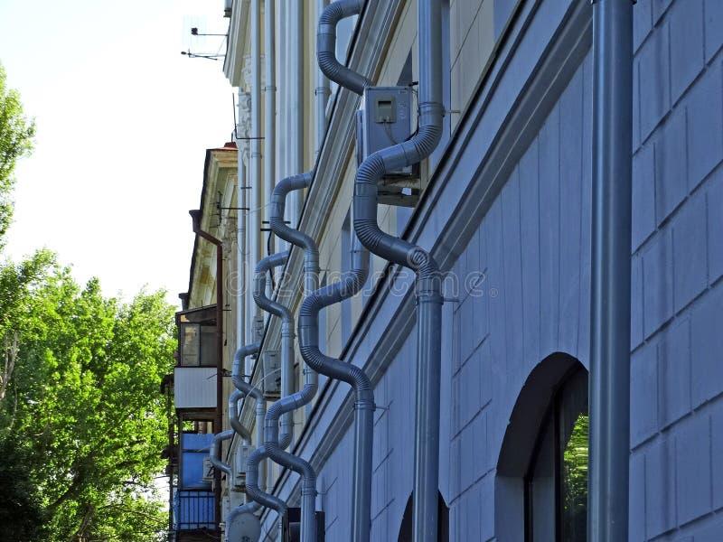 Drainpipes na ścianie dom zdjęcia royalty free