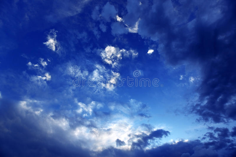 Download Dramatic cloudy sky stock image. Image of dark, puffy - 14704393