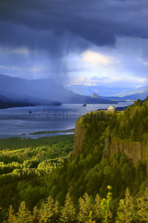 Download Dramatic Skies On The Columbia Gorge Oregon. Stock Image - Image: 14089875