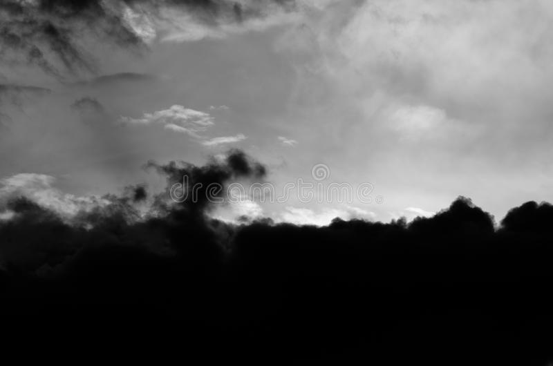 Dramatic Storm Clouds in a Threatening Sky royalty free stock photos