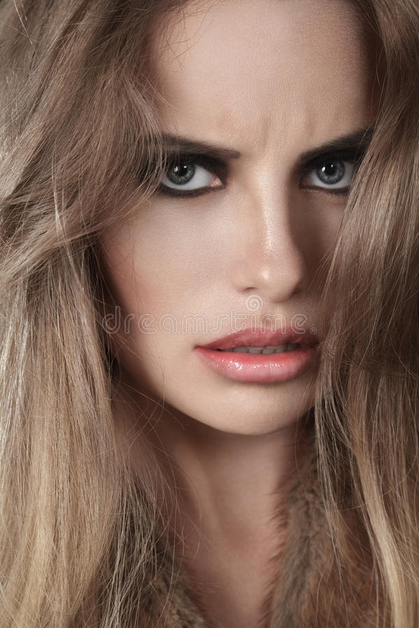 Download Dramatic Woman Portrait Royalty Free Stock Photography - Image: 31334987