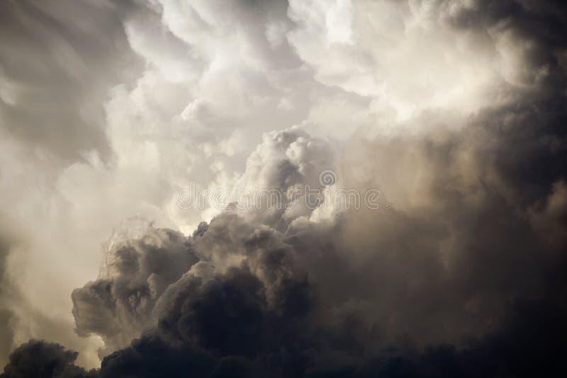 Dramatische hemel stock afbeelding