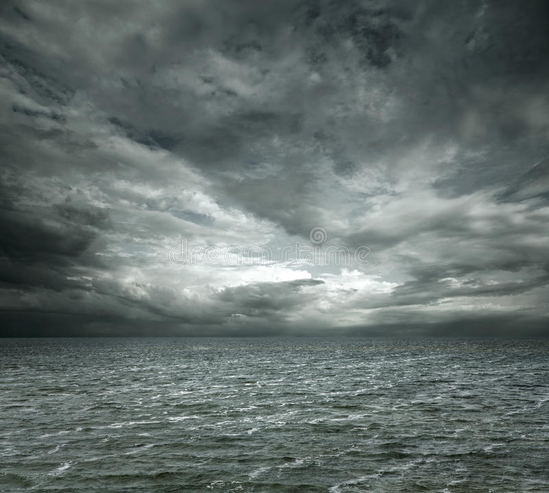 Dramatische oceaan royalty-vrije stock fotografie