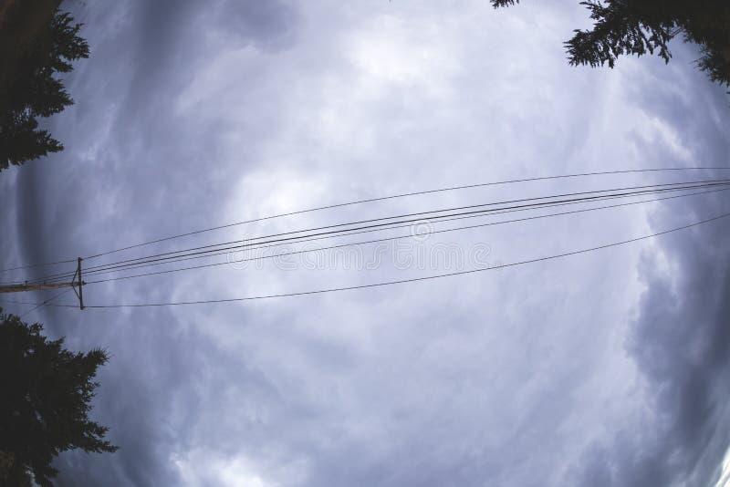 Dramatische wolken over het platteland van Oregon royalty-vrije stock fotografie