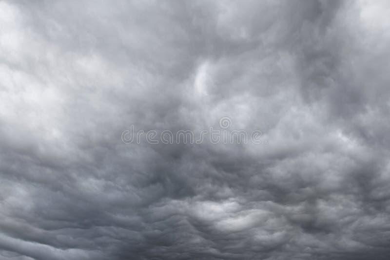 dramatisk sky royaltyfria foton
