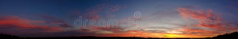 Dramatyczna Chmurna wschód słońca panorama zdjęcie stock