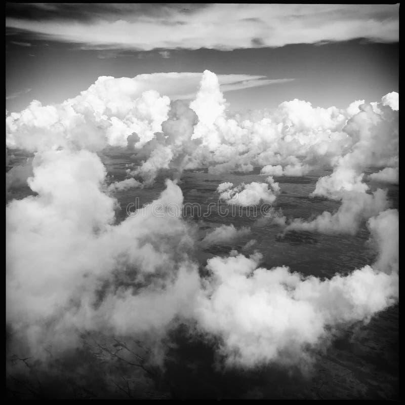 Dramatyczne chmury na niebie zdjęcia royalty free