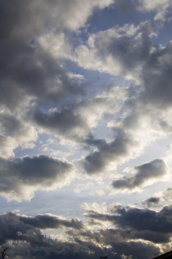 dramatyczne niebo zdjęcia royalty free