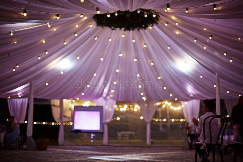 Dramatyczny ślubny namiot drapuje obrazy stock
