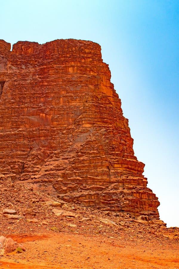 Dramatyczny Escarpment w pustyni fotografia stock