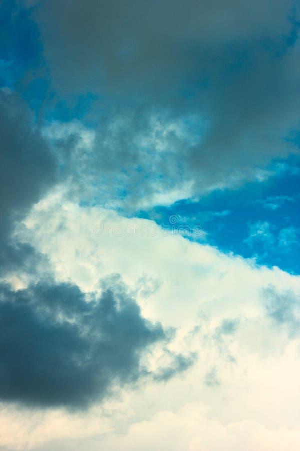 dramatyczny niebo zachmurzone fotografia royalty free